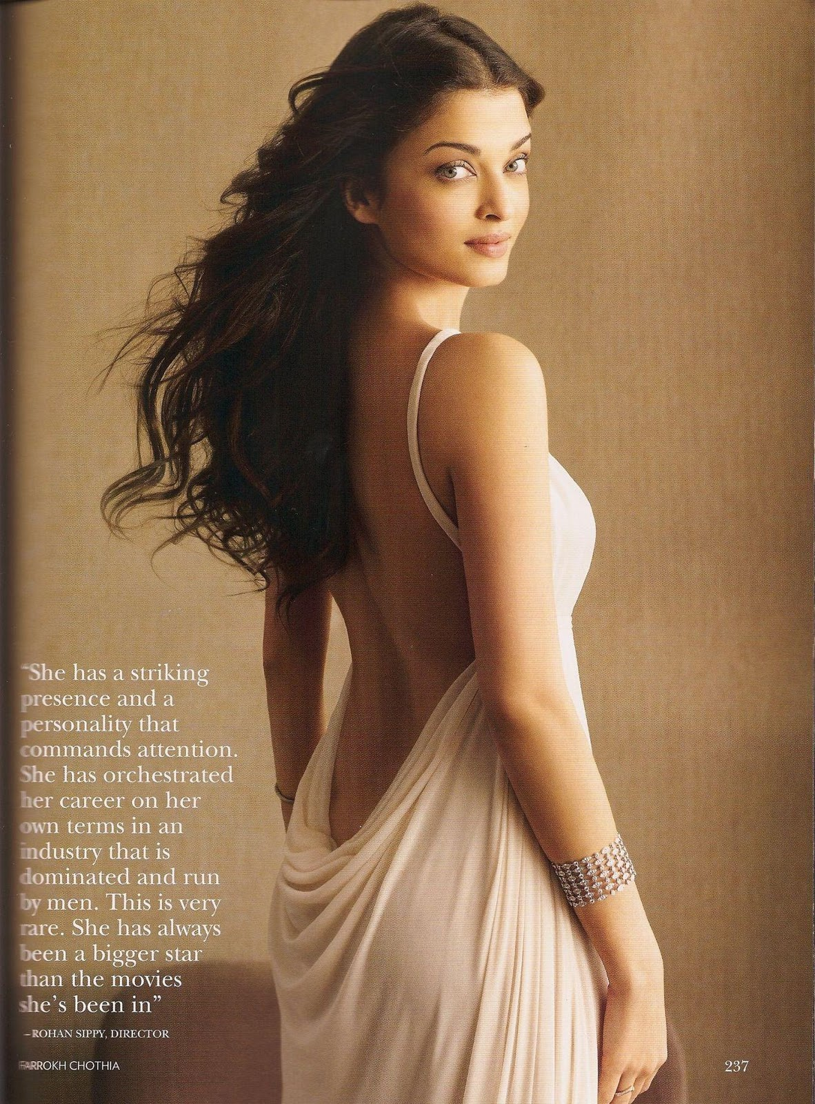 Эротичиский фото индиский актрисы 5 фотография