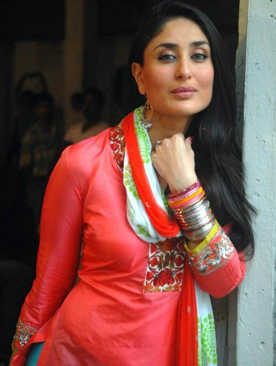 Kareena Kapoor Cute Bodyguard Suit Pics | Photo Press  Kareena Kapoor ...