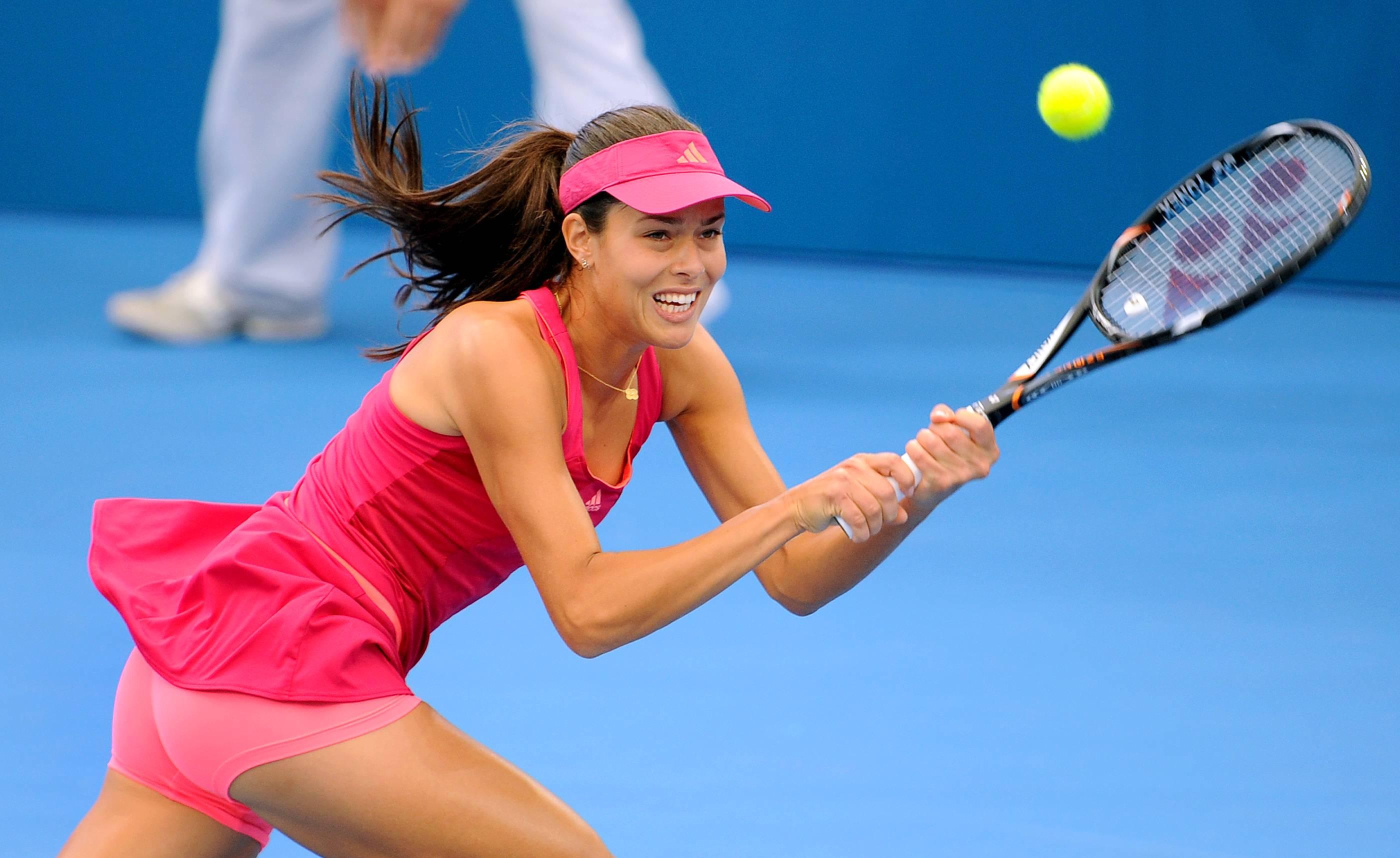 Ana Ivanovic's Upskirt Shots in Brisbane International Tennis ...